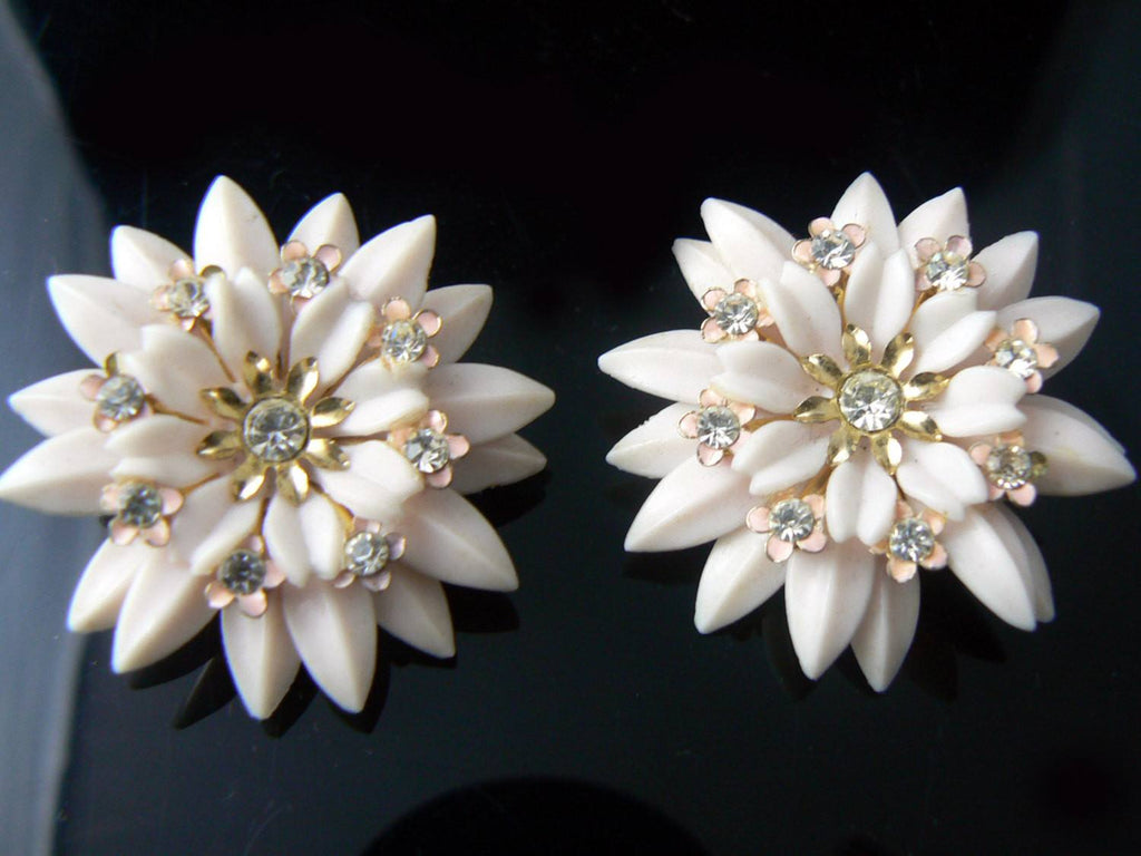 Vintage Coro Pink Plastic Enamel Rhinestone Flower Clip On Earrings - Vintage Lane Jewelry