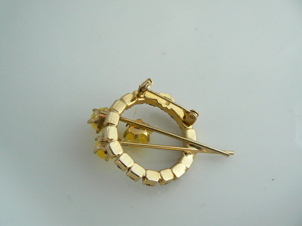 Pretty Gold And Amber Brooch - Vintage Lane Jewelry