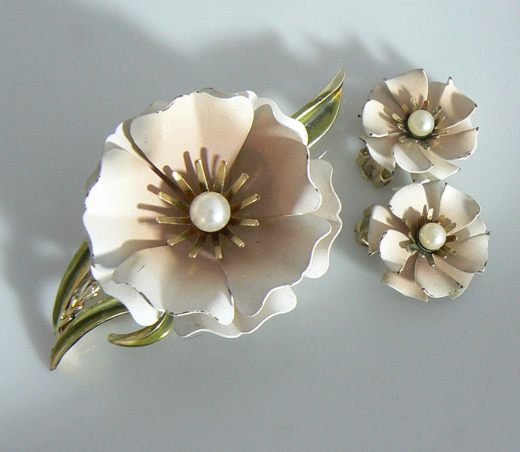 Coro Signed Vintage Pale Pink Flower Brooch And Clip On Earring Set - Vintage Lane Jewelry