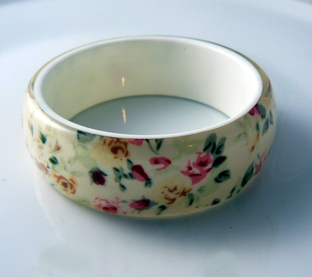Lucite Bangle With Shabby Chic Rose Pattern - Vintage Lane Jewelry