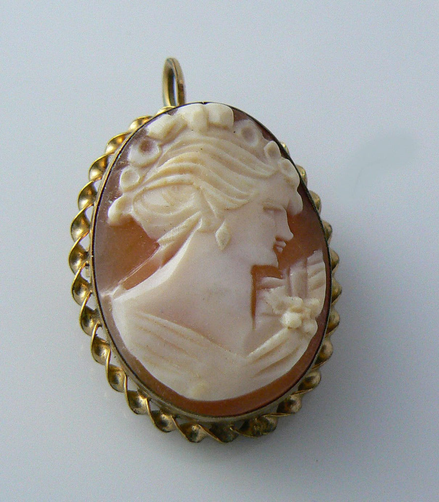 Vintage 12k Gold Filled Carved Cameo Brooch - Vintage Lane Jewelry