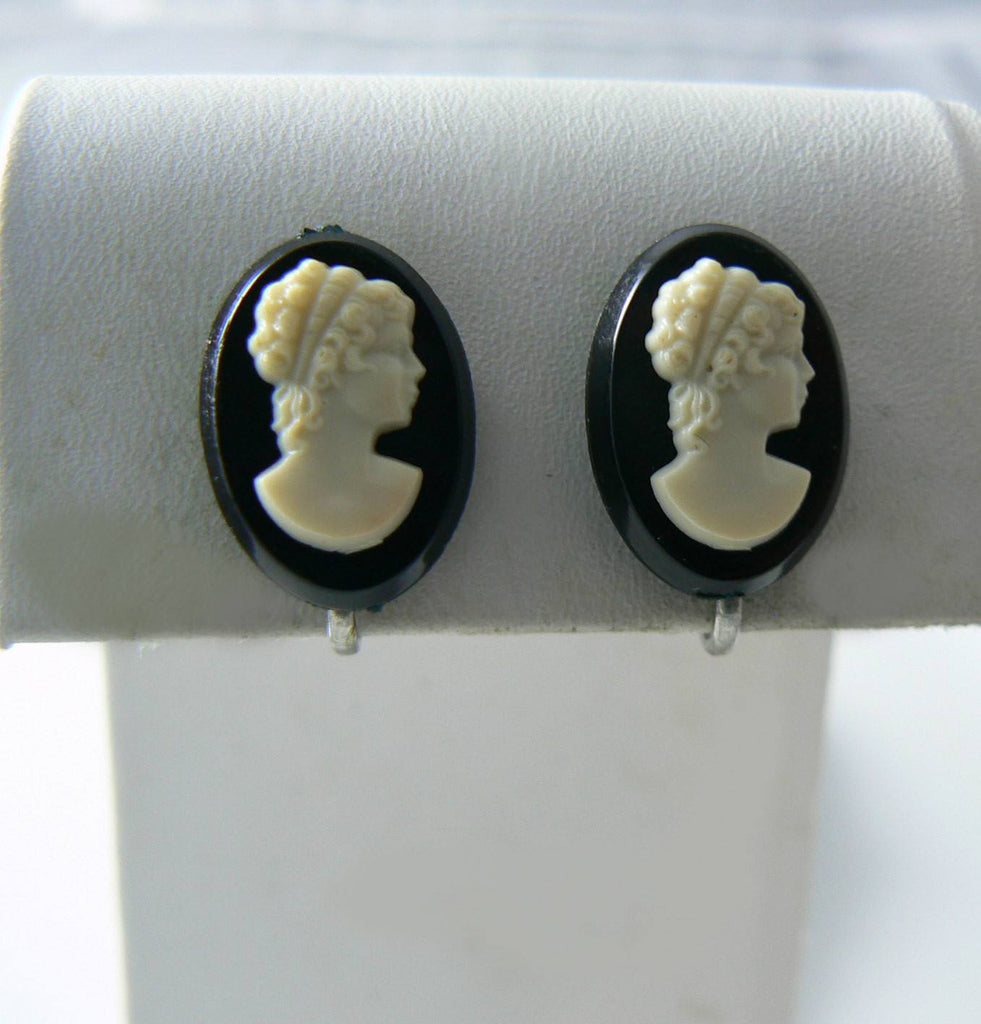 Black And White Celluloid Cameo Screw Back Earrings. - Vintage Lane Jewelry