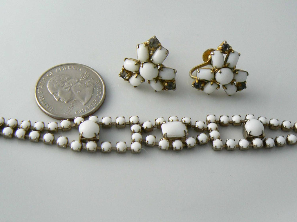Milk Glass Bracelet And Earrings - Vintage Lane Jewelry