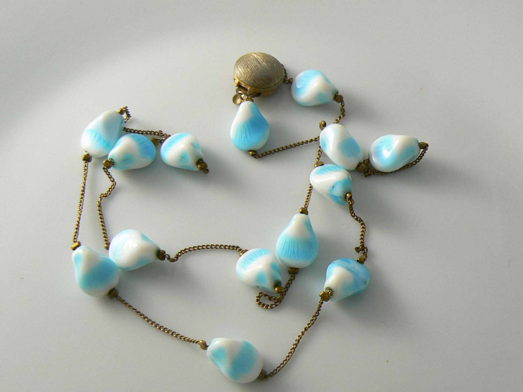 Unique Swirled Pinched Milk Glass Necklace - Vintage Lane Jewelry