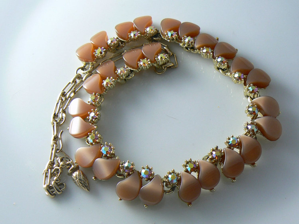 Vintage Necklace Brown Lucite Thermoset - Vintage Lane Jewelry - 1