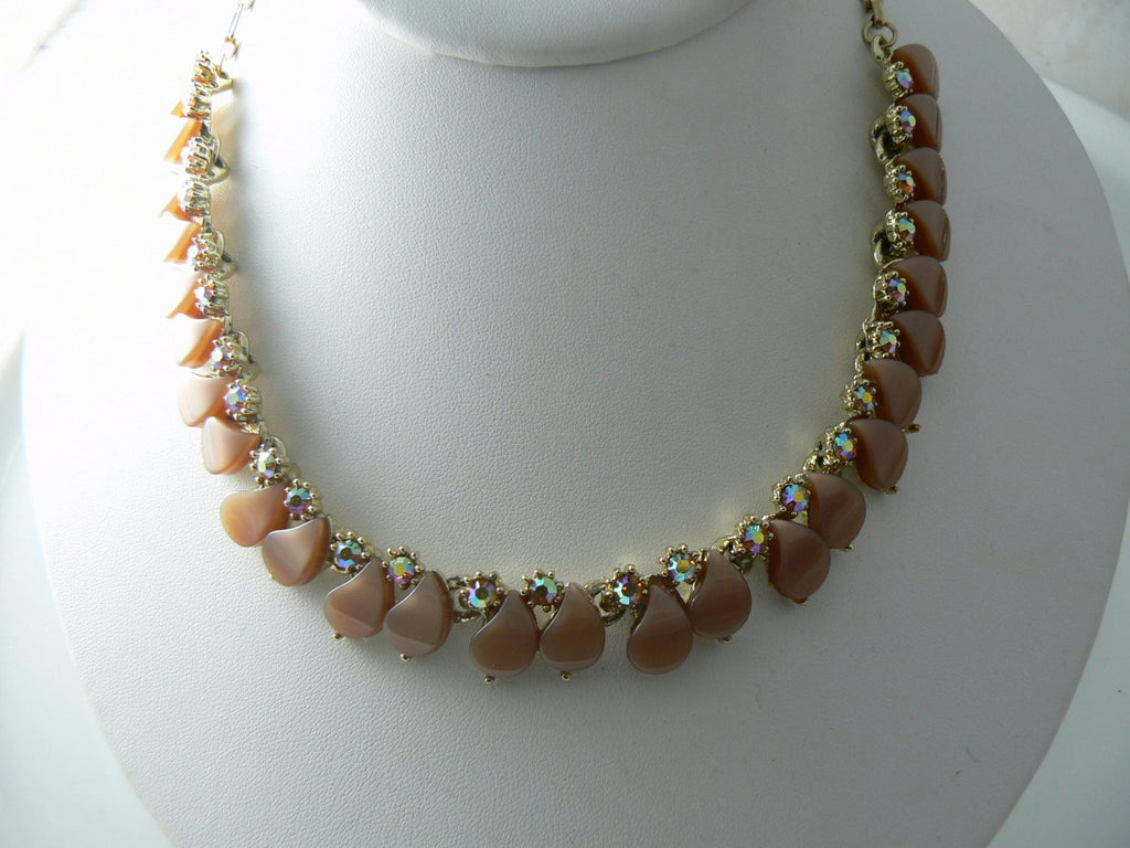 Vintage Necklace Brown Lucite Thermoset - Vintage Lane Jewelry - 2