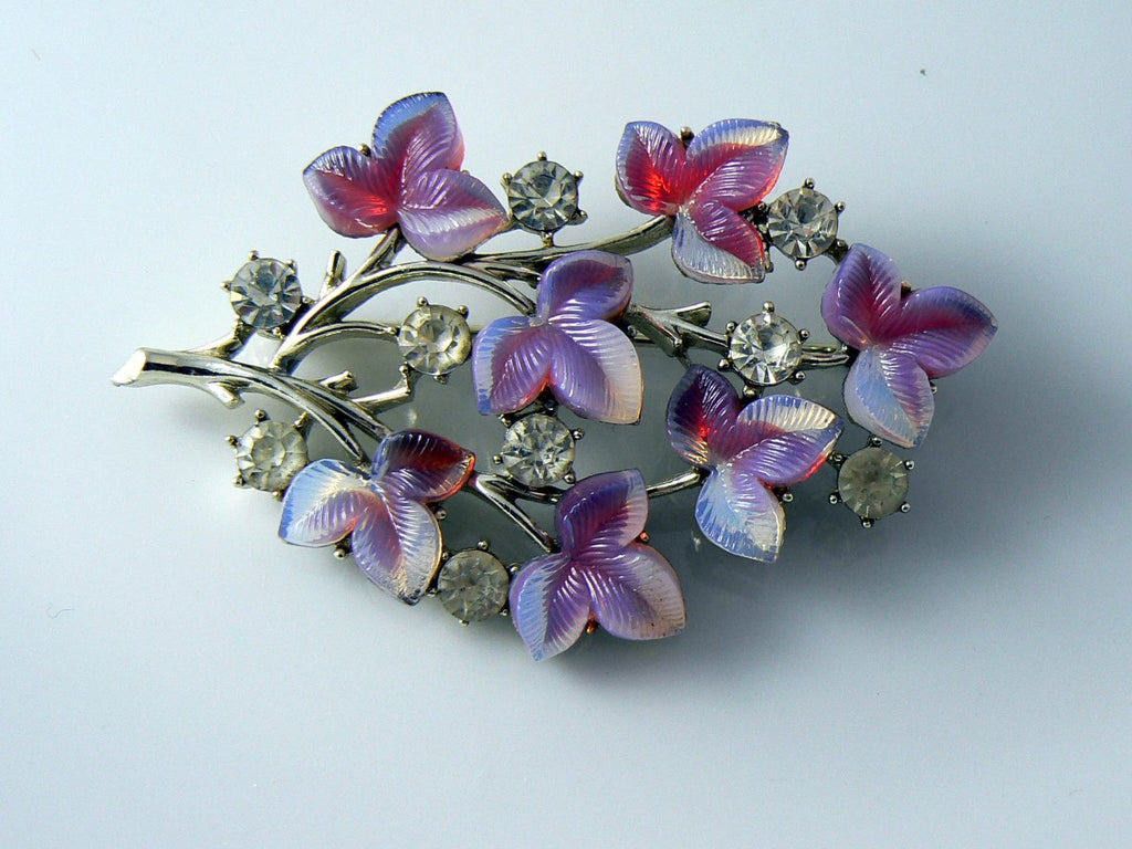 Coro Peagsus Silver Tone Molded Glass And Rhinestone Brooch - Vintage Lane Jewelry - 2