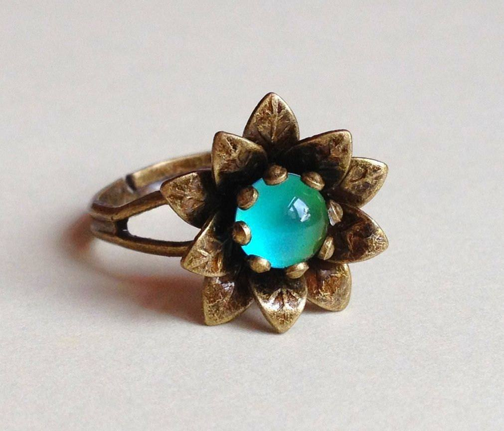 Antique finish flower mood ring - Vintage Lane Jewelry