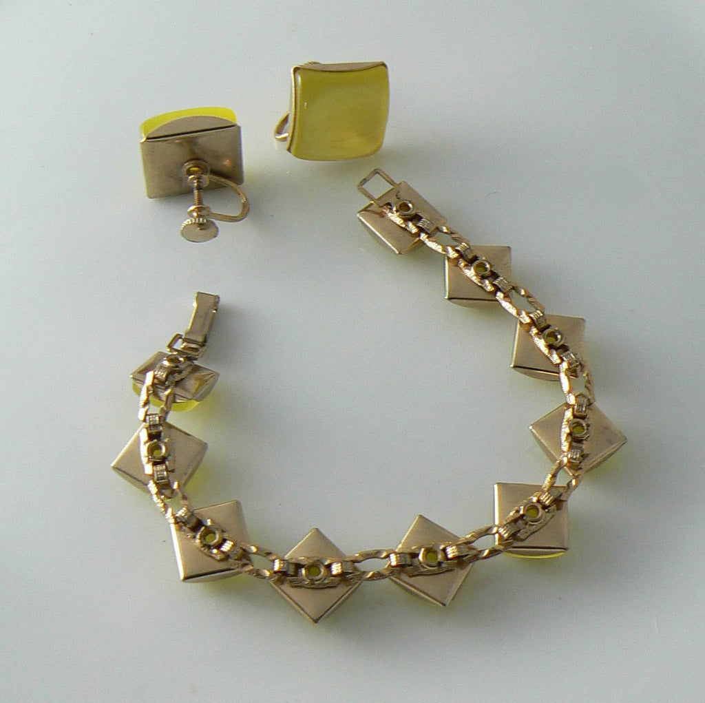 Thermoset Yellow Bracelet With Matching Screw Back Earring - Vintage Lane Jewelry