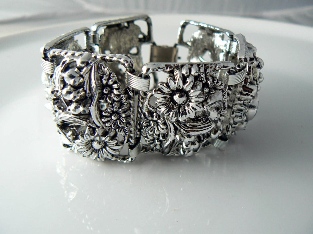 Vintage Chunky Silver Tone Floral Sarah Coventry Set - Vintage Lane Jewelry