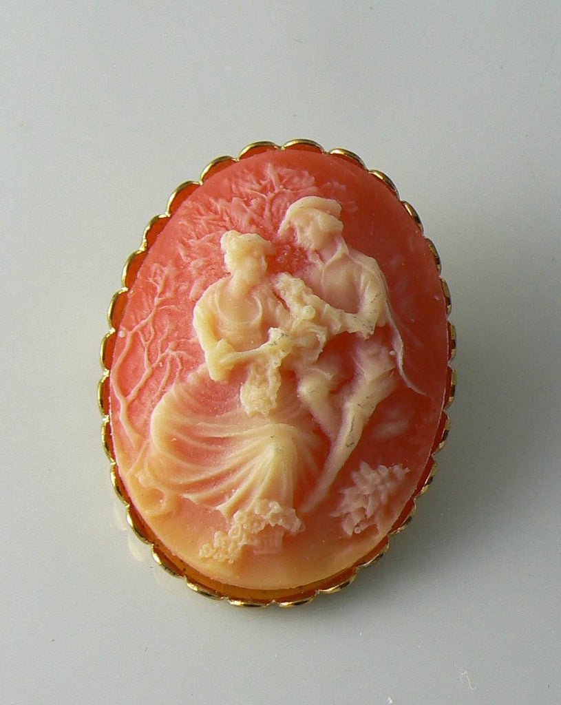 Vintage Coral Lucite Courting Couple Cameo Brooch - Vintage Lane Jewelry