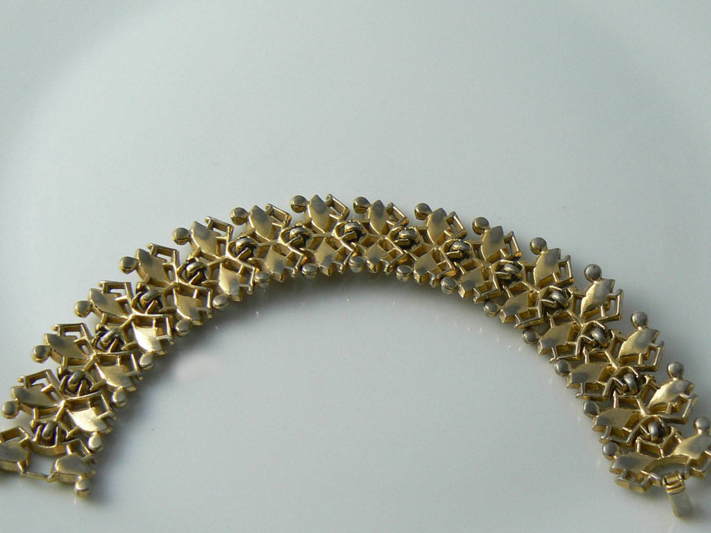 Trifari Vintage Gold Tone Ornate Bracelet - Vintage Lane Jewelry
