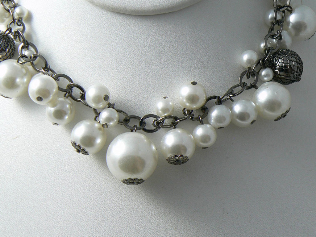 Vintage Silver Tone Faux Pearl Beaded Necklace - Vintage Lane Jewelry