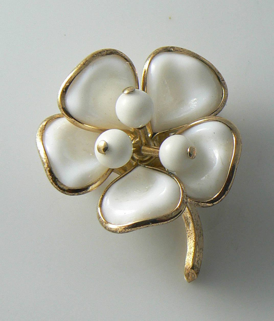 Crown Trifari Poured Glass White Flower Brooch. - Vintage Lane Jewelry