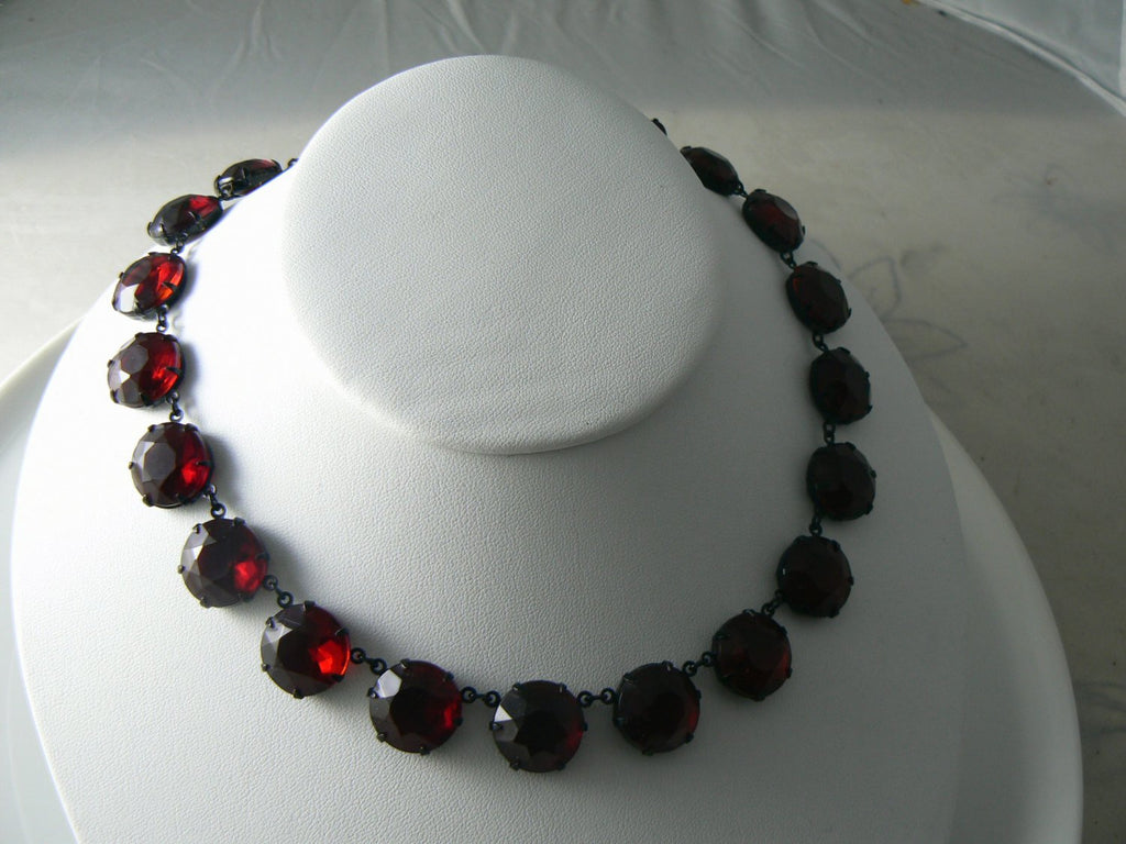 Vintage Ruby-Red Rhinestone Necklace - Vintage Lane Jewelry
