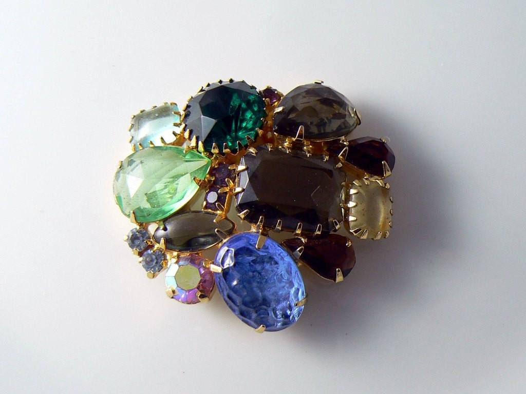 Vintage Juliana Fruit Salad Rhinestone And Art Glass Brooch - Vintage Lane Jewelry