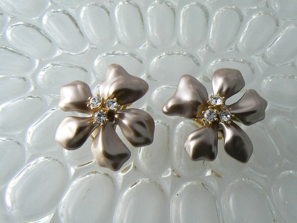 Kenneth J. Lane Metallic Pink Enamel Rhinestone Flower Earrings - Vintage Lane Jewelry