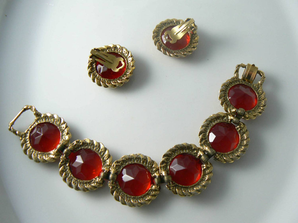 Stunning Ruby Red Glass Rhinestone Vintage Bracelet Earring Set - Vintage Lane Jewelry - 4