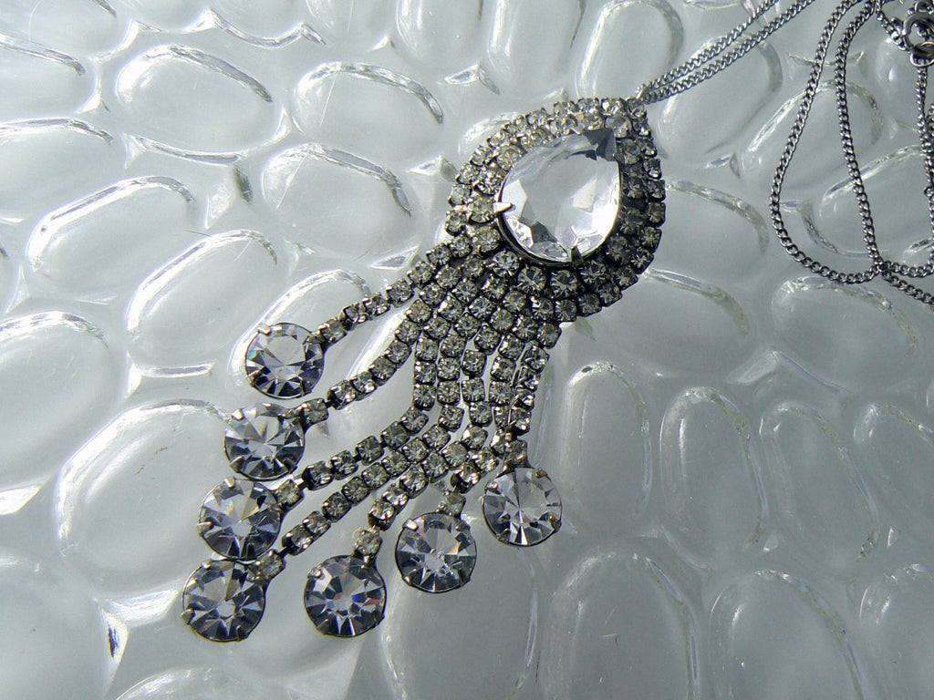 Vintage Lisa Crystal Drippy Lavalier Necklace - Vintage Lane Jewelry