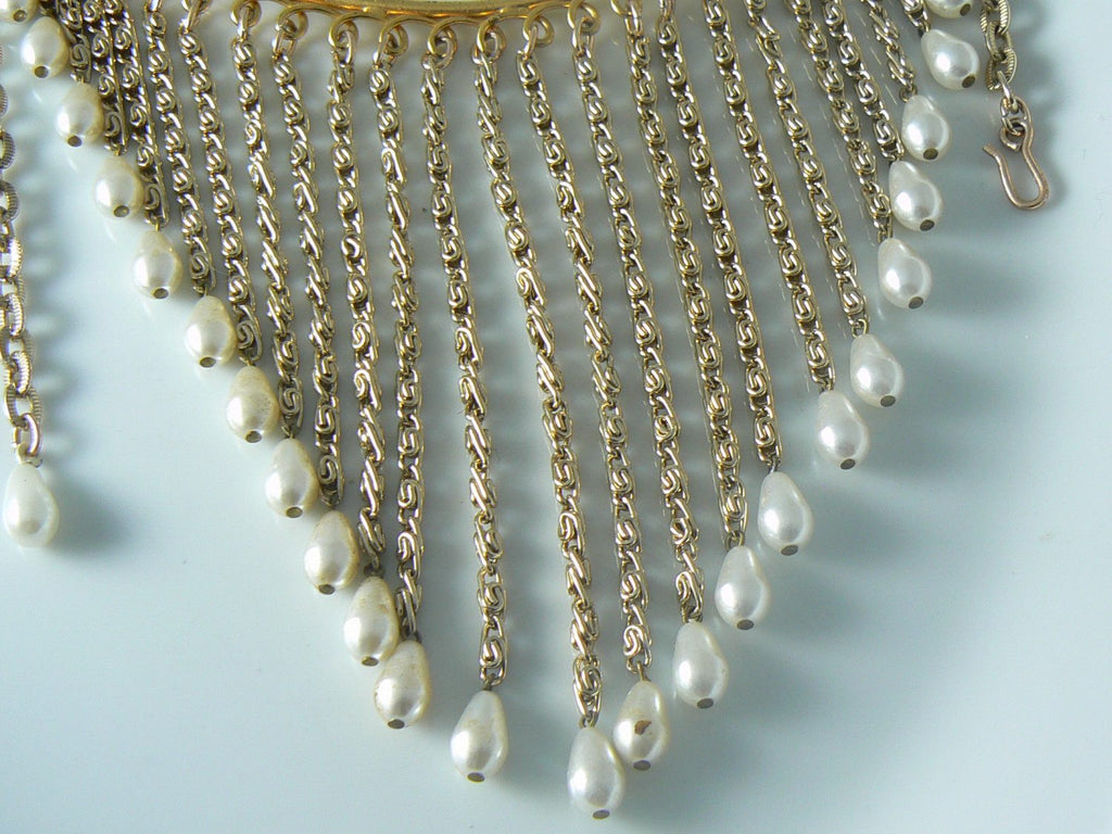 Vintage Dangling Faux Pearl Bib Necklace - Vintage Lane Jewelry