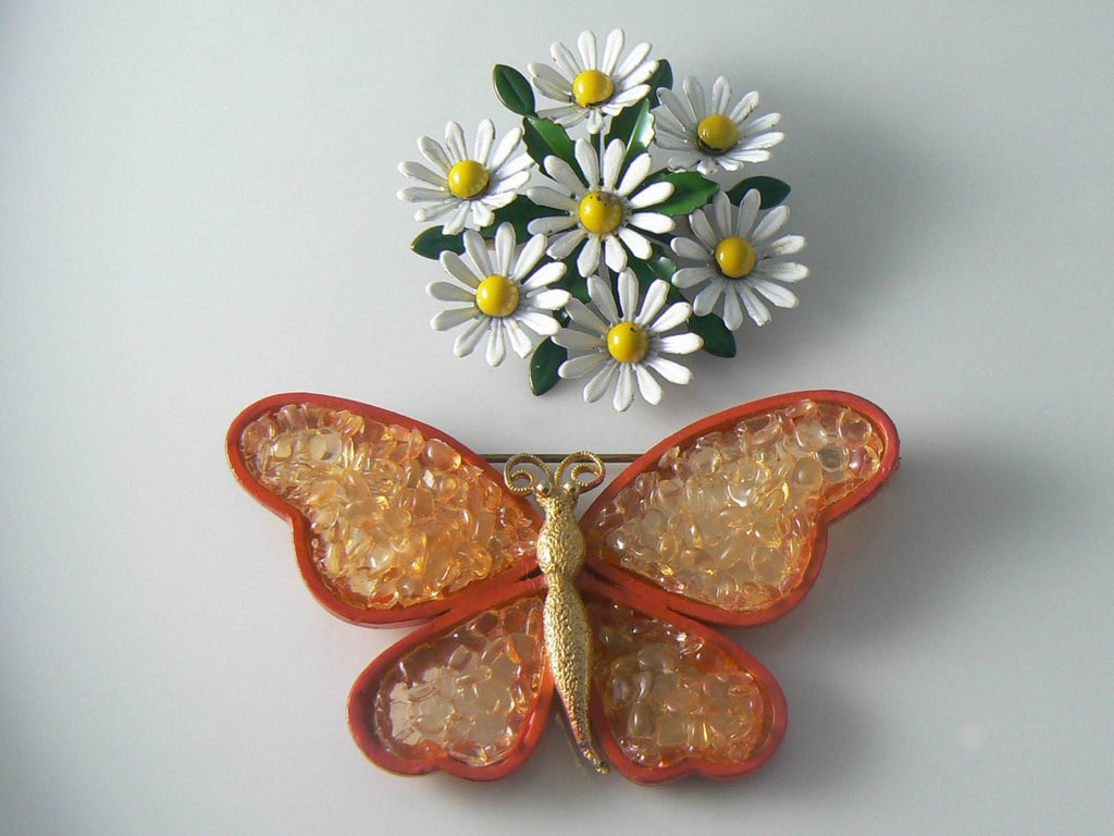 Vintage Orange Enamel And Acrylic Butterfly And Daisy Pin - Vintage Lane Jewelry - 1