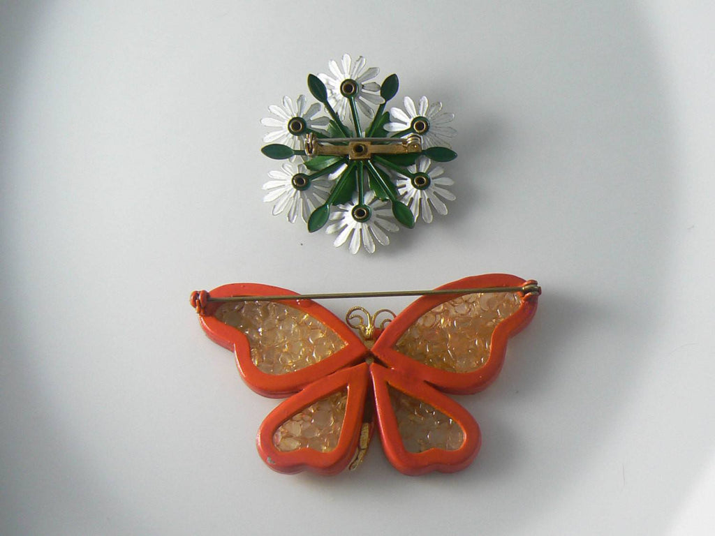 Vintage Orange Enamel And Acrylic Butterfly And Daisy Pin - Vintage Lane Jewelry