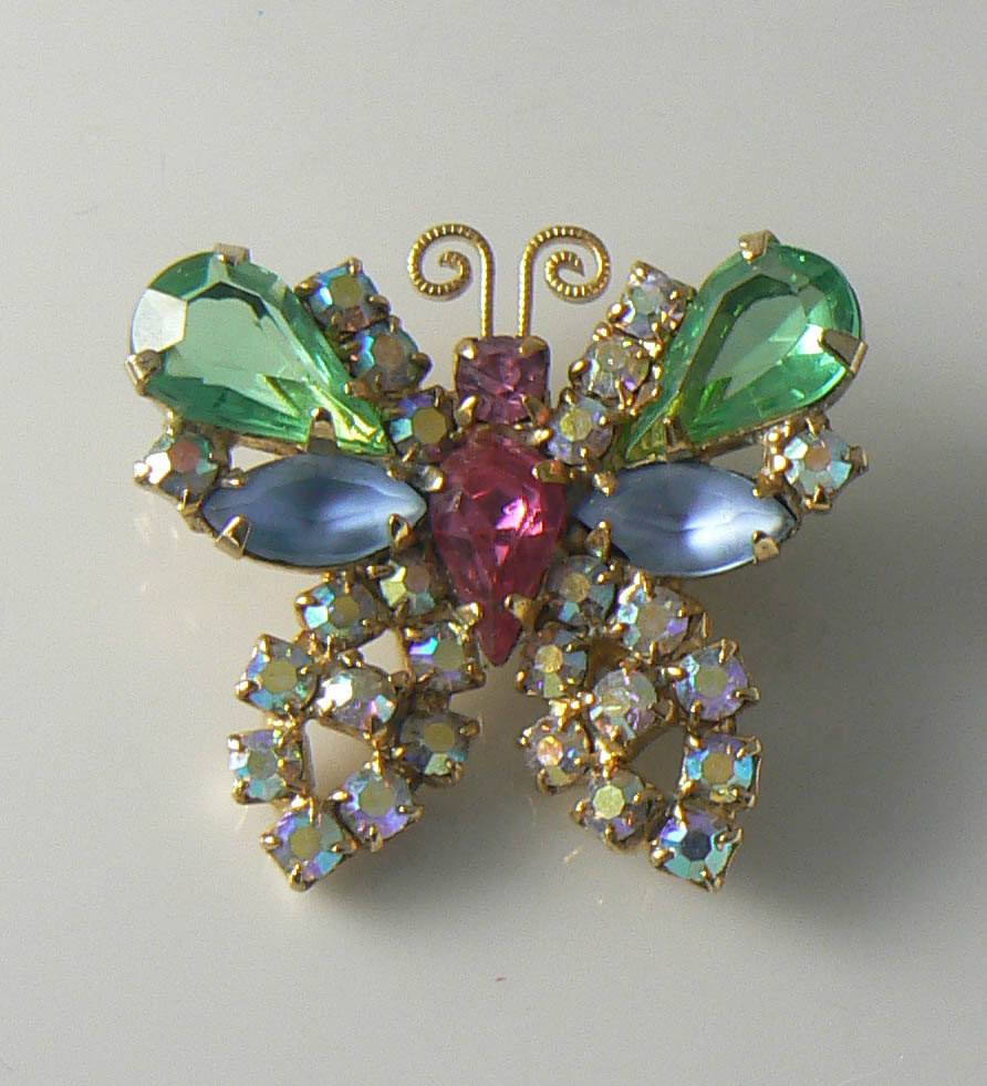 Weiss Rhinestone Butterfly Brooch - Vintage Lane Jewelry
