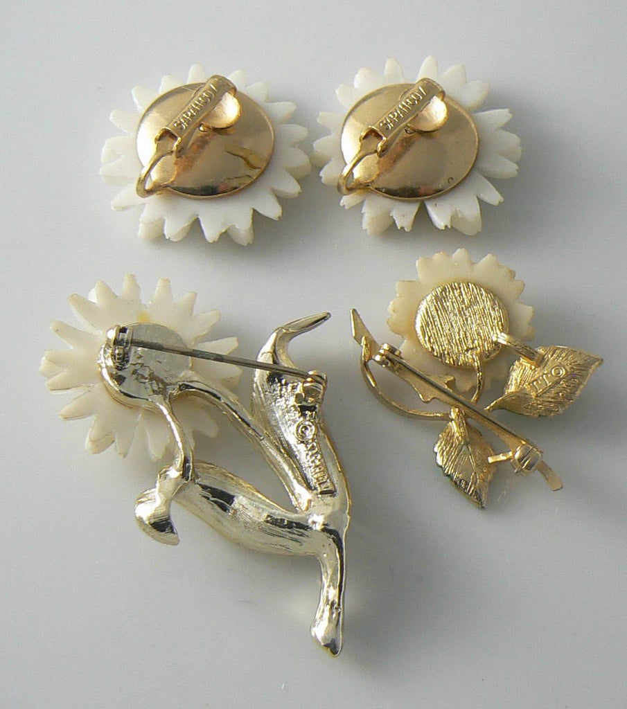 Sarah Coventry Daisy Pins And Clip Earrings - Vintage Lane Jewelry - 2
