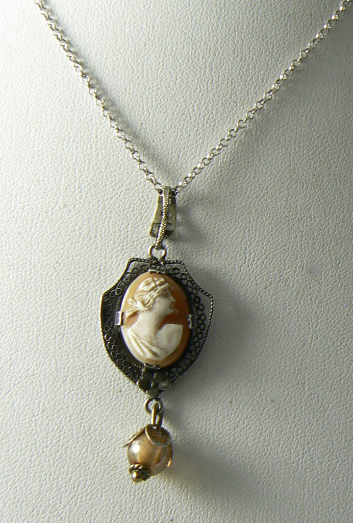 Vintage Sterling Silver Shell Cameo Pendant Necklace - Vintage Lane Jewelry