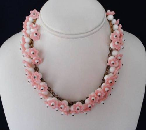 Vintage Pink And White Art Glass Molded Flowers Necklace - Vintage Lane Jewelry - 3
