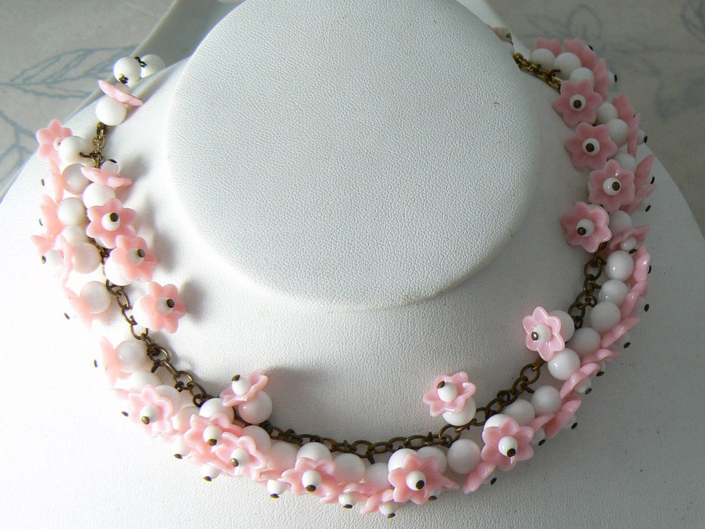 Vintage Pink And White Art Glass Molded Flowers Necklace - Vintage Lane Jewelry