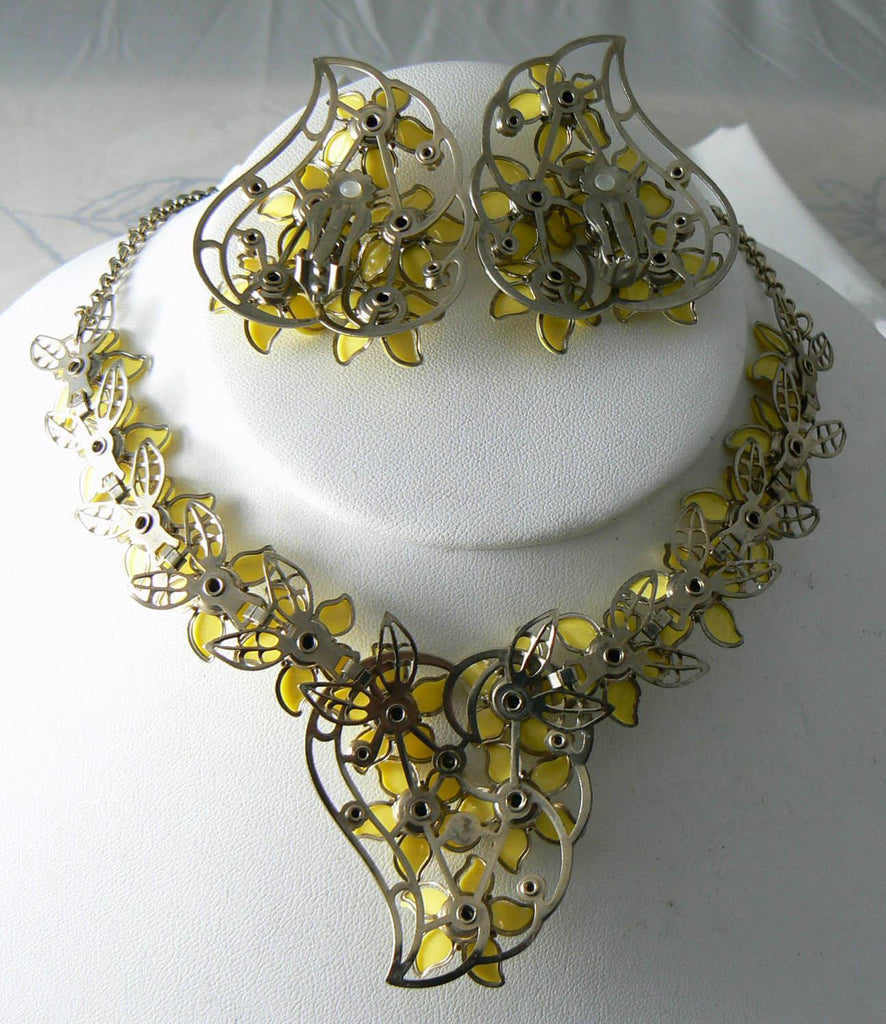 Vintage Yellow Plastic Flower Necklace And Earring Set - Vintage Lane Jewelry - 3