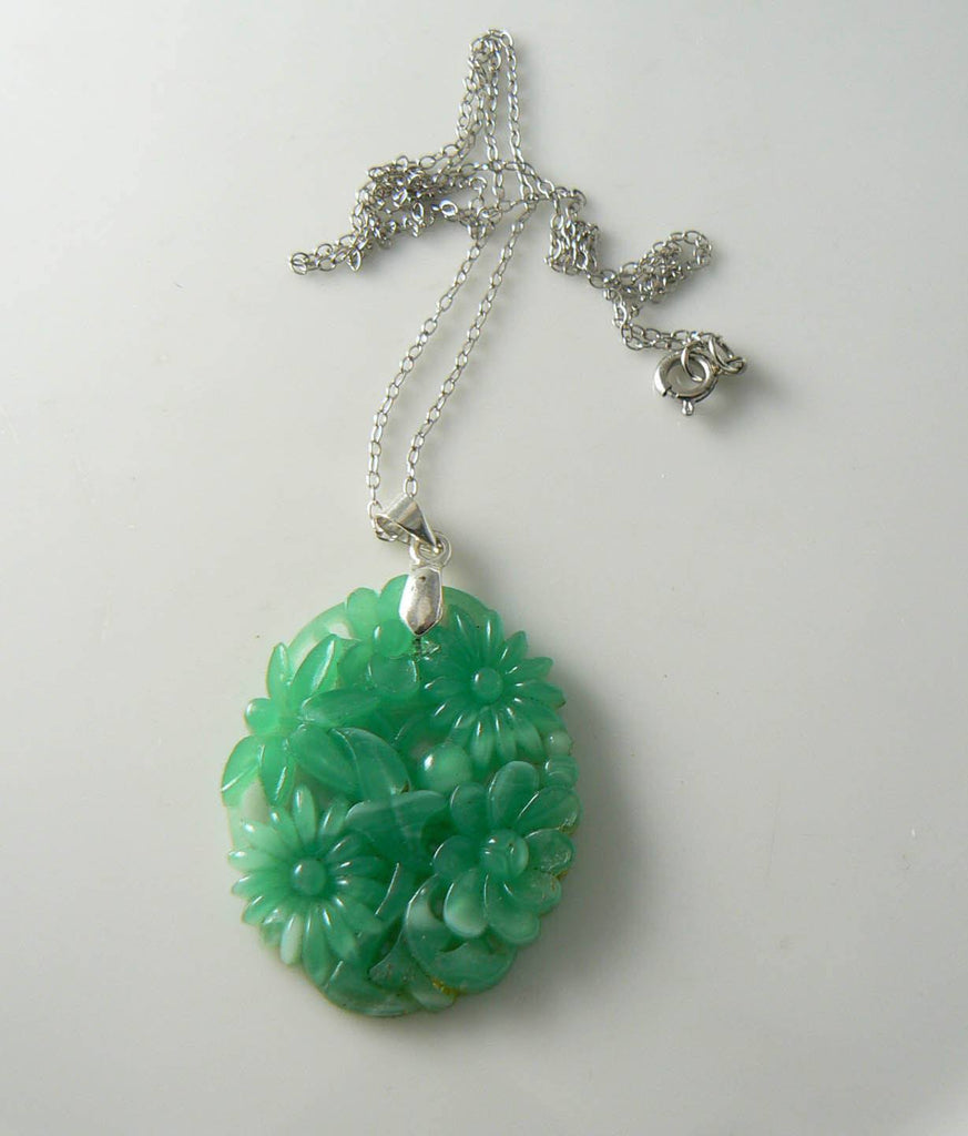 Vintage Jade Glass Floral Pendant, White G.f. Chain Necklace - Vintage Lane Jewelry - 3