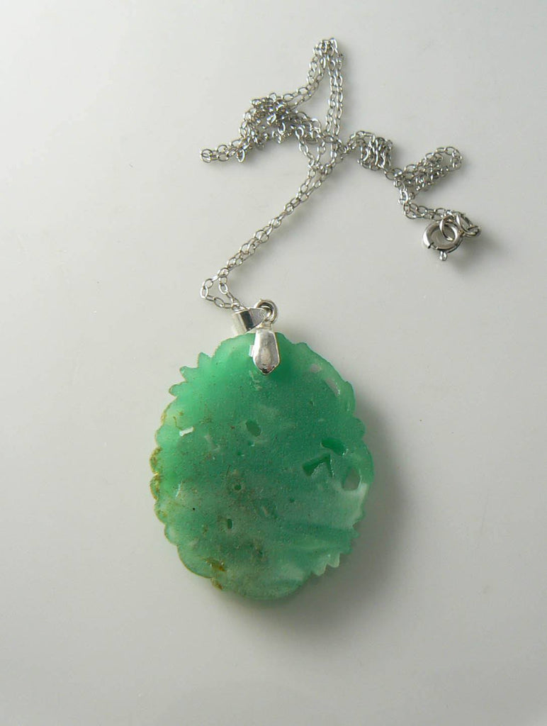 Vintage Jade Glass Floral Pendant, White G.f. Chain Necklace - Vintage Lane Jewelry - 5