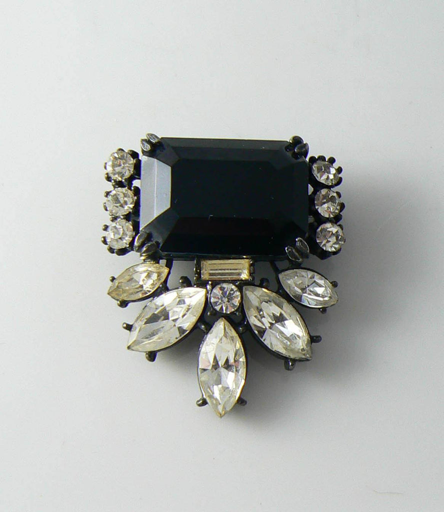 Vintage Black Glass And Rhinestone Japanned Brooch - Vintage Lane Jewelry