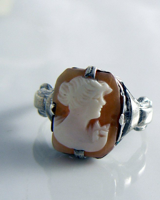 Vintage Victorian Sterling Marked 925 Carved Cameo Ring - Vintage Lane Jewelry