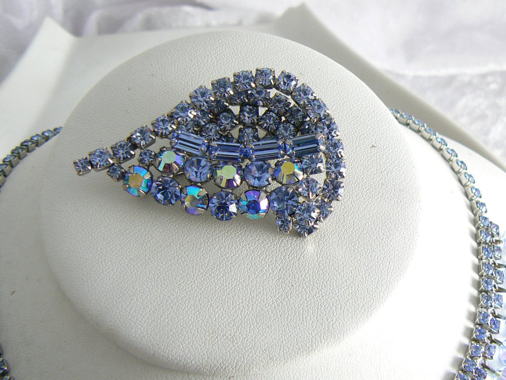 Beautiful Blue Rhinestone And Crystal Vintage Necklace Brooch Set - Vintage Lane Jewelry - 4