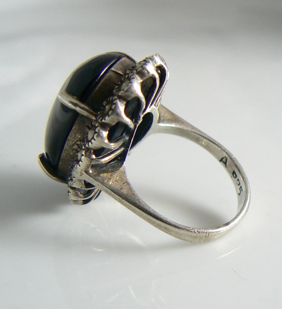 Vintage Art Deco Sterling Silver Onyx Marcasite Ring - Vintage Lane Jewelry