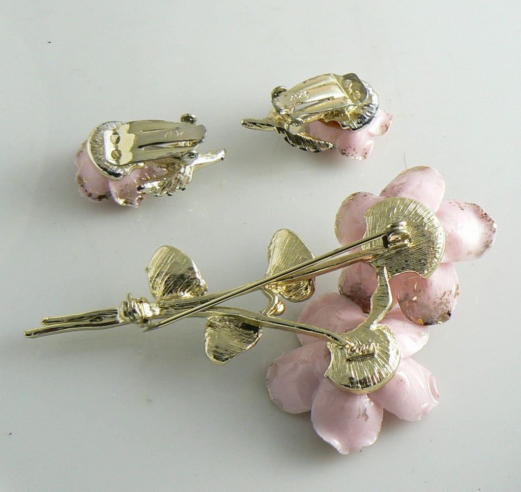 Coro Pink Porcelain Flowers Green Enamel Pin Earring Set - Vintage Lane Jewelry