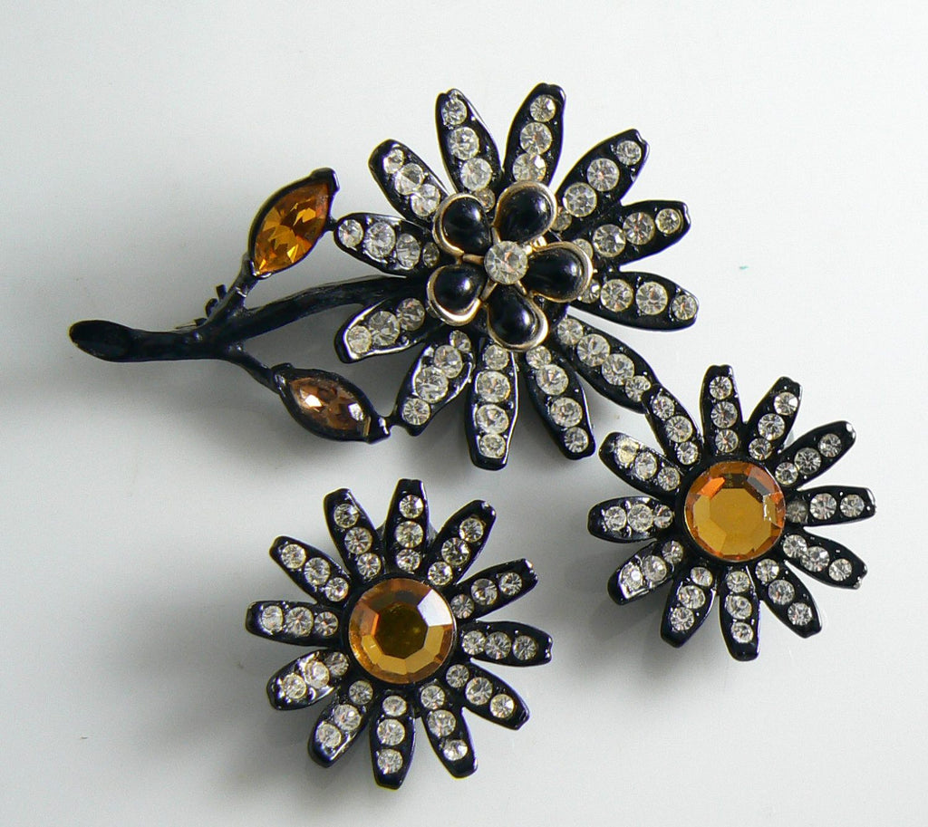 Capri Japanned Black Metal & Rhinestone Flowers Pin Earring Set - Vintage Lane Jewelry