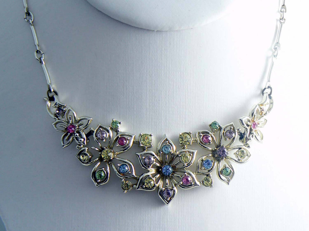 Vintage Jewelcraft Rhinestone Flower Necklace - Vintage Lane Jewelry