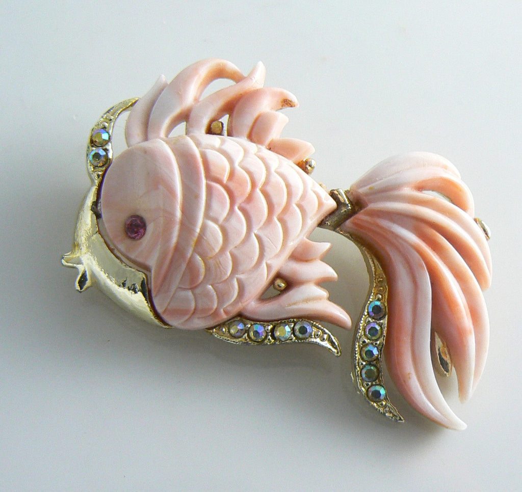 Hattie Carnegie Pink Lucite Angel Fish Brooch - Vintage Lane Jewelry