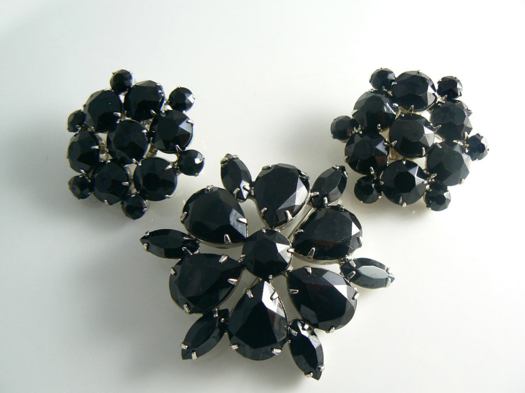 High End Jet Black Faceted Glass Rhinestone Brooch - Vintage Lane Jewelry
