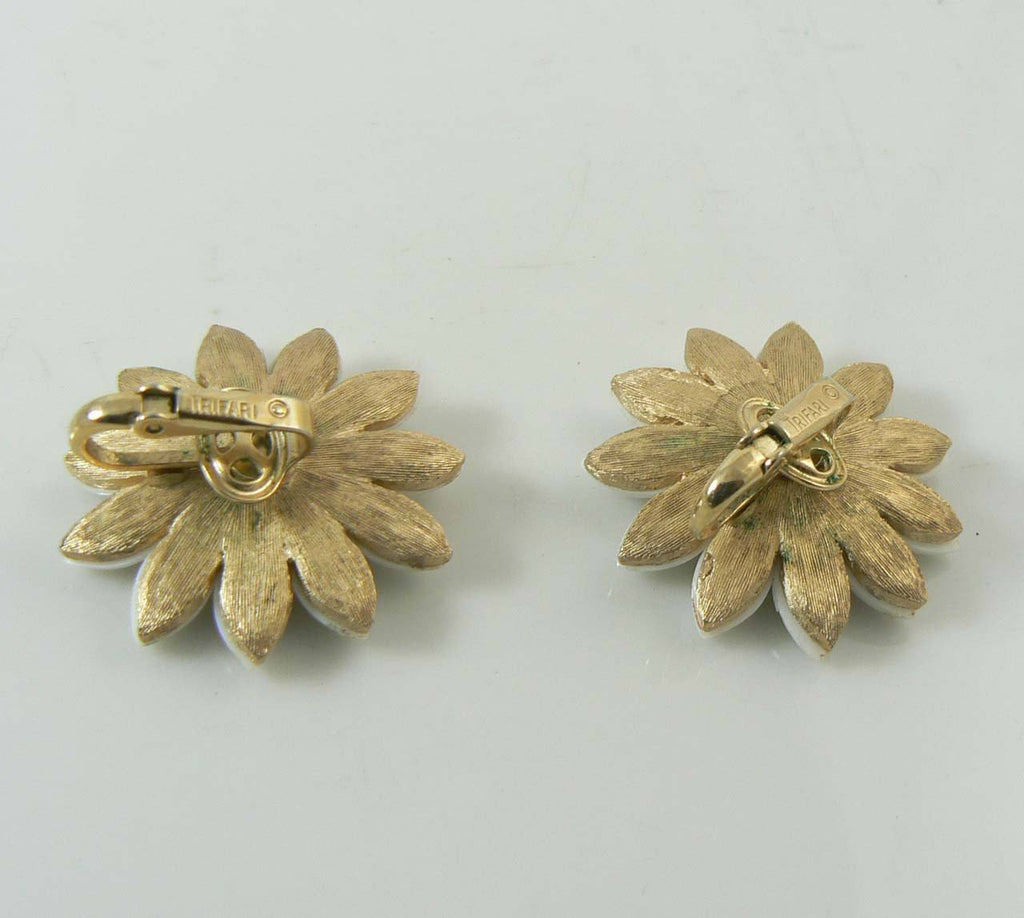 Crown Trifari white and yellow lucite daisy flower clip earrings - Vintage Lane Jewelry