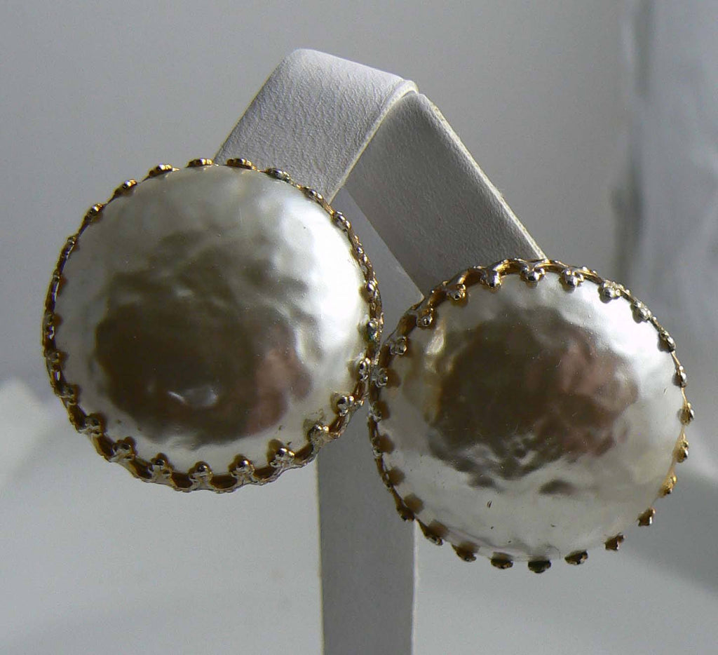 Classic Miriam Haskell Mabe Pearl Screw Back Earrings - Vintage Lane Jewelry