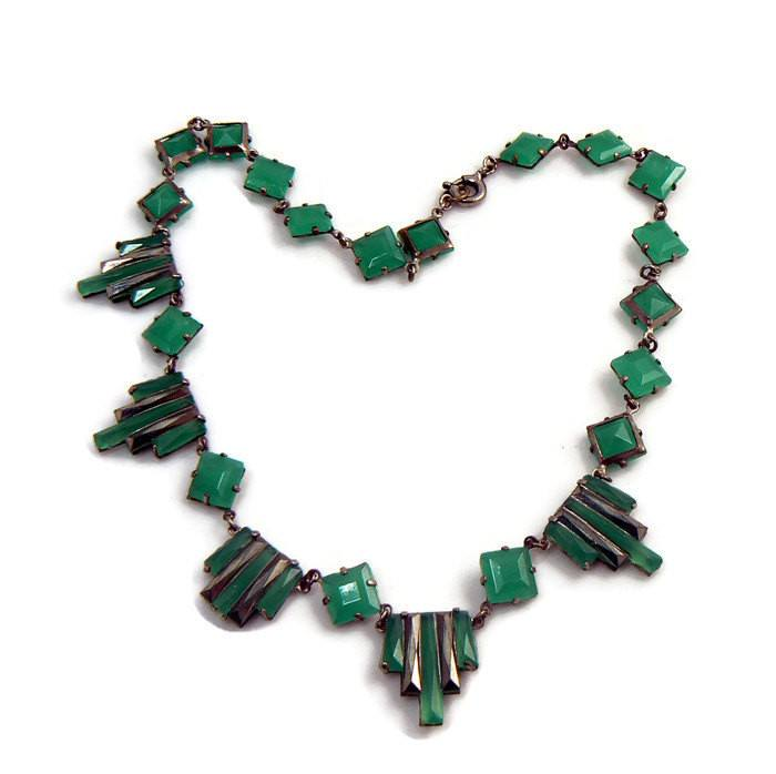 Vintage Green Step Glass Art Deco Necklace - Vintage Lane Jewelry