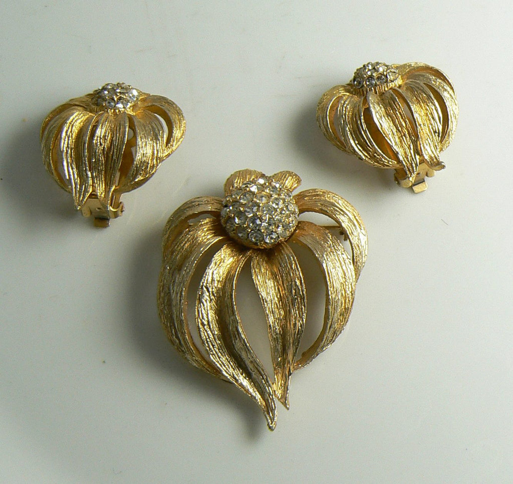 Hattie Carnegie Coneflower Brushed Gold Tone Rhinestone Demi Parure, Clip Earrings - Vintage Lane Jewelry