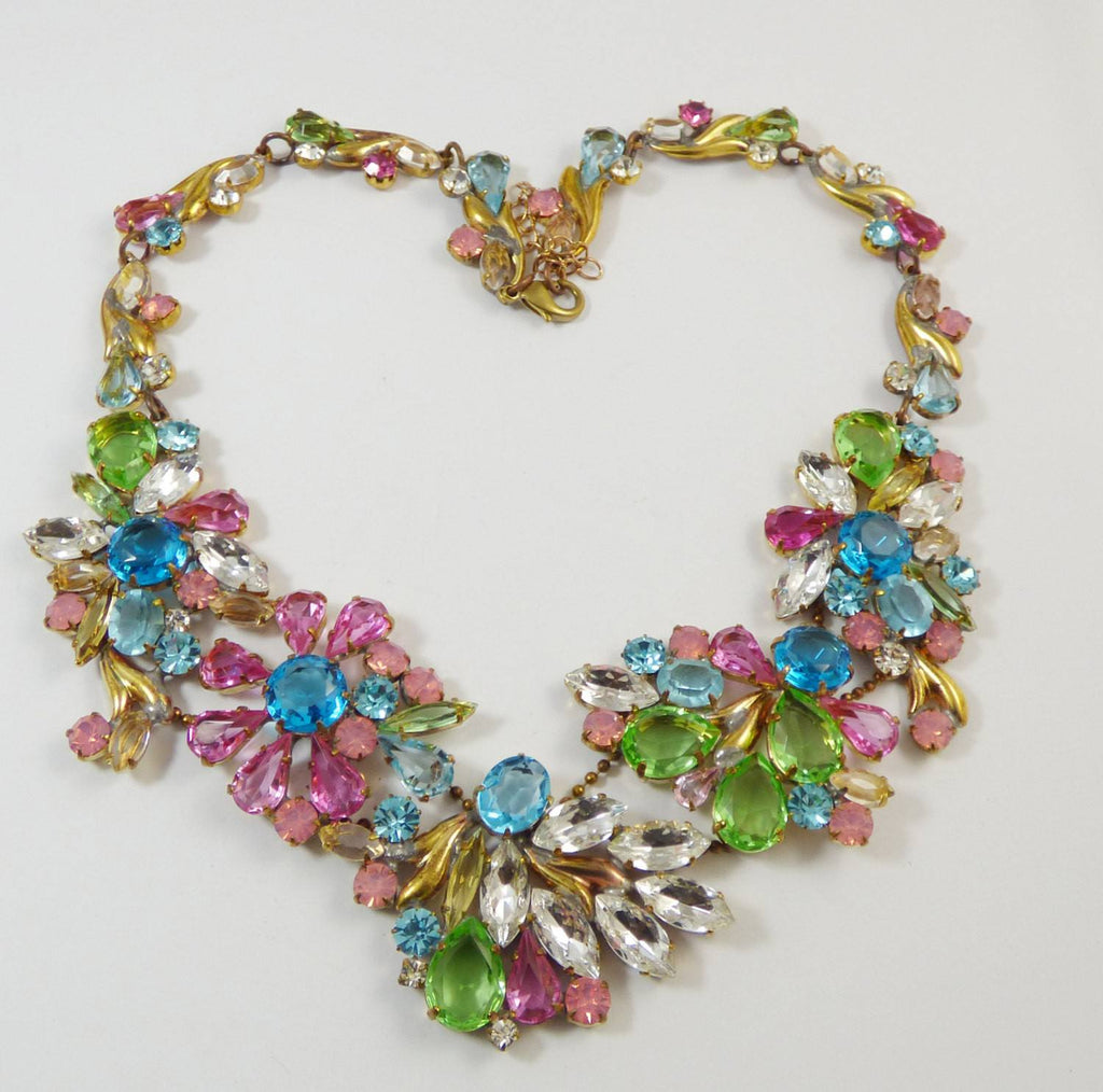 Pastel Floral Czech glass necklace - Vintage Lane Jewelry
