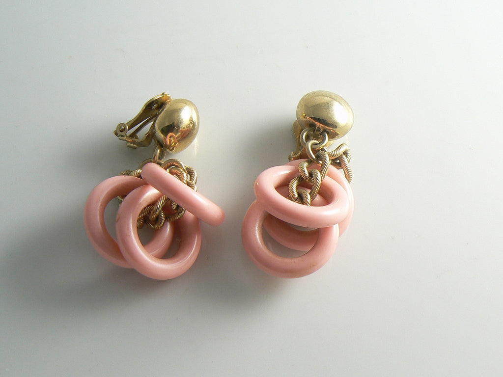Napier Chunky Pink Lucite Dangling Bracelet Earring Set - Vintage Lane Jewelry