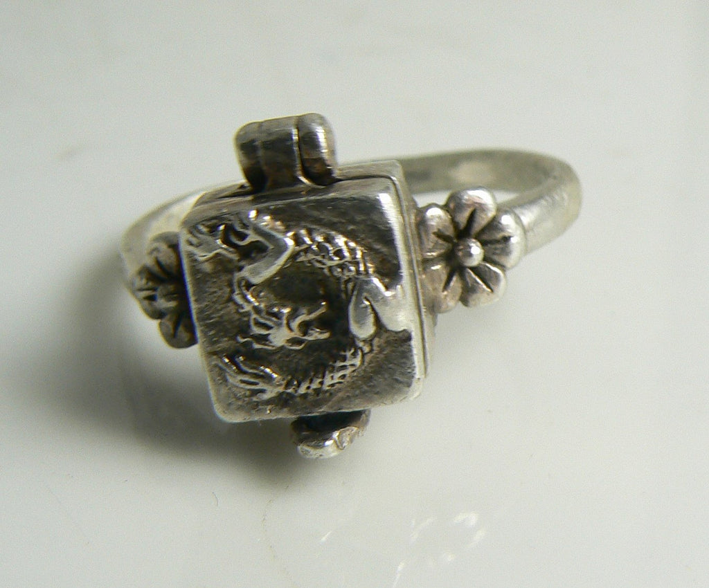 Vintage Estate Sterling Silver Dragon Poison Pill Box Ring - Vintage Lane Jewelry